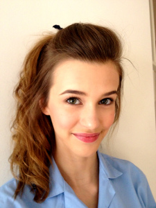 Bonus - while researching this post I got to check out lots of fantastic teen beauty blogs!